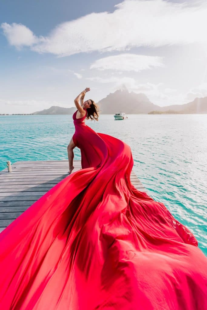 Bora Bora Photographer - Photoshoot with maxi flying dress - Pink Dress