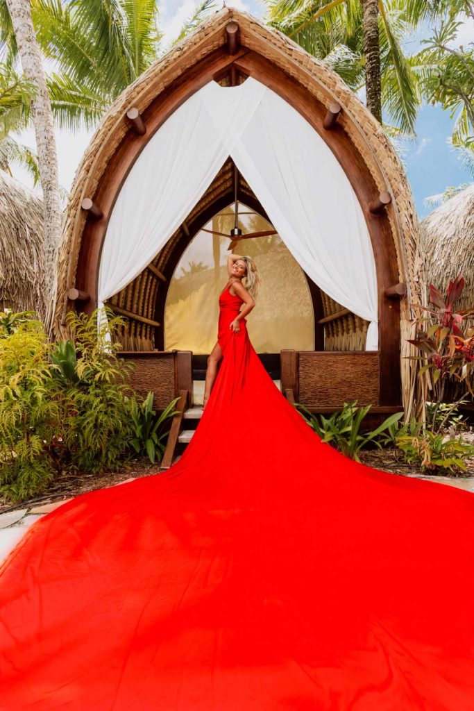 Bora Bora Photographer - Photoshoot with maxi flying dress - Red Dress